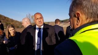 Задържането на олигарси и намалената контрабанда дразнят опозицията, смята Борисов