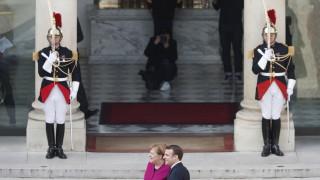 Политически совалки на Мей в Берлин и Париж дни преди Брекзит