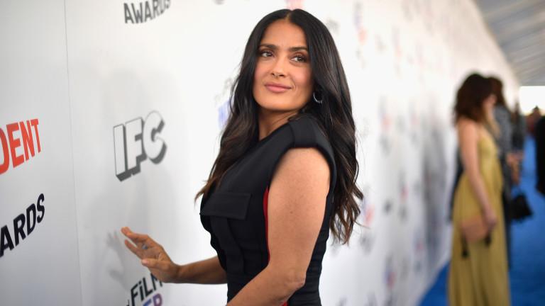 Подобно на много други актриси и Салма Хайек прекарваголяма част