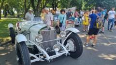 Парад на ретро коли в Бургас