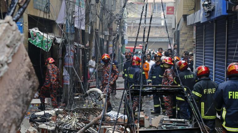 Най-малко 7 души загинаха при експлозия на газопровод в Бангладеш