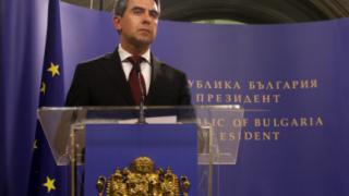 """Плевнелиев свика 42 НС, дава """"зор"""" на депутатите"""