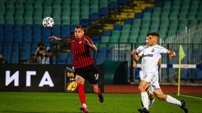 Локомотив (Сф) 0 : 0 Славия 39′ Червен картон заГеорги