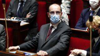 Франция задължава да се носят маски от следващата седмица
