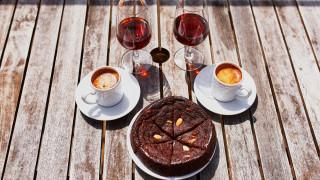 Как кафето и алкохолът удължават живота