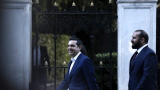 Ципрас поиска шанс от гърците да управлява с развързани ръце