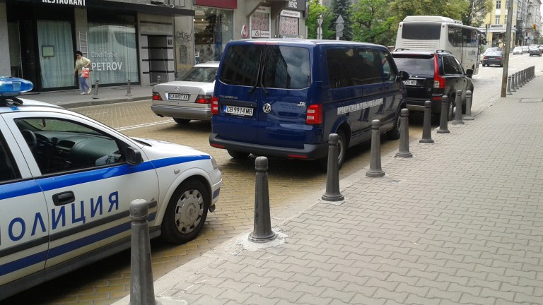 Прокуратурата е влязла в офиса на ИвоПрокопиев на столичния булевард