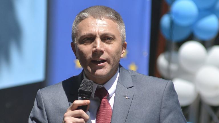 Доган ще е добър кандидат-президент, обяви ДПС