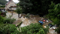 Най-малко 42 загинали и десетки изчезнали при наводнения в Германия