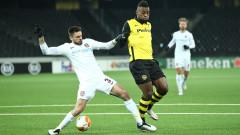 Уникална драма прати с три червени картона и обрат прати Йънг Бойс в елиминационната фаза на Лига Европа