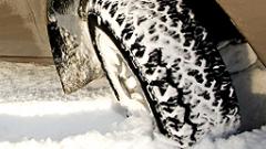Зимните гуми задължителни със закон, иска КАТ