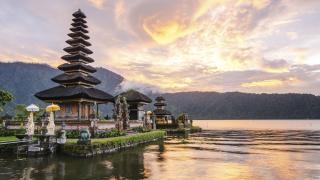 Почивка в Бали, която да струва колкото един шоколад?