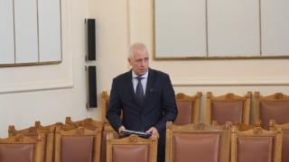 Здравният министър иска промяна в Спешната помощ