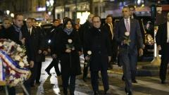 Обама почете паметта на жертвите на атентатите в Париж