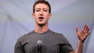 Шефът на Facebook изгуби $3 милиарда само за ден