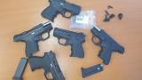 """Газови пистолети, преправени за бойни патрони, задържаха на """"Капитан Андреево"""""""