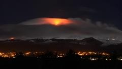Етна пак се пробуди - най-мощното изригване от десетилетия