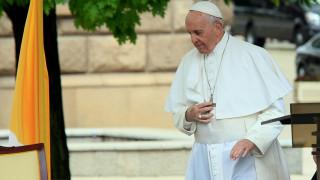 Засилени мерки за сигурност в Раковски преди посещението на папата