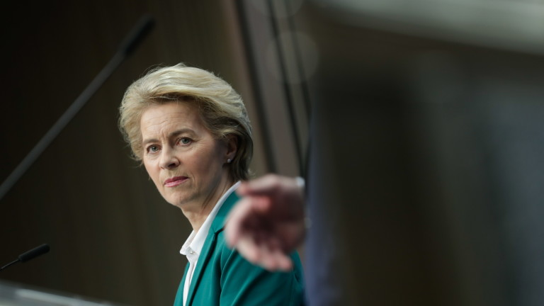 Ваксина срещу коронавируса преди есента очаква Урсула фон дер Лайен
