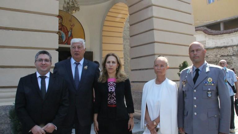 Марияна Николова приветства и речта на Борисов за Велико народно събрание