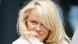 Неостаряващата Памела Андерсън засне еротична фотосесия