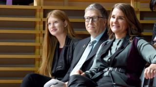Бил Гейтс може да отстрани Мелинда от благотворителната им фондация през 2023 г.