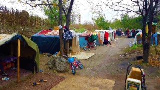 Премахнаха незаконен ромски катун в Бургас