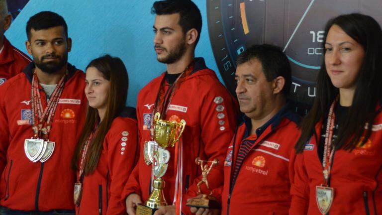 Стилян Гроздев спечели златото в двубоя в категория до 67