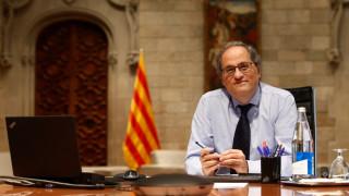 Каталуния забрани събирания на повече от 10 души и тества 500 хил. студенти