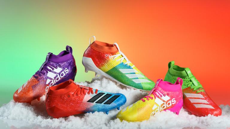 Футболни обувки, вдъхновени от детските години