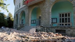 Десетки ранени при земетресението в Албания