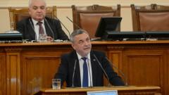 Симеонов не иска българите да гледат сеира с Ф-16, Воля и БСП викат Борисов и Радев в парламента