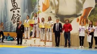 България с петима европейски шампиони по карате киокушин