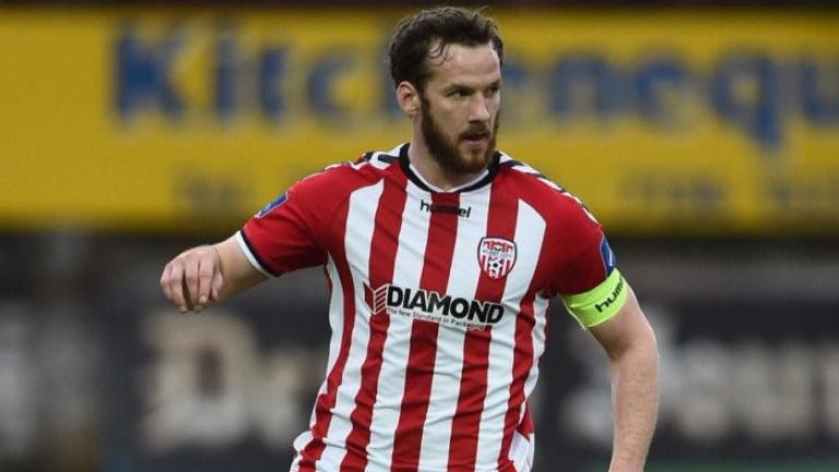 Внезапна смърт на футболен капитан покоси Северна Ирландия
