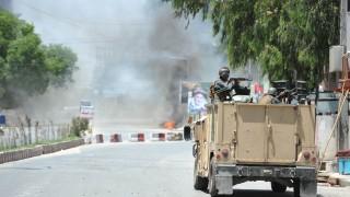 Най-малко 40 загинали при два отделни атентата в Афганистан
