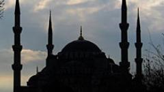 С декларация депутатите осъдиха палежи на джамии