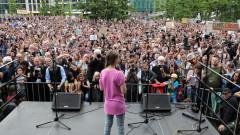 Грета Тунберг надъхва протестиращи за климата в Берлин: Никога няма да спрем