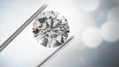 28-каратов диамант за $2 115 000 стана най-скъпото бижу, продадено на онлайн търг