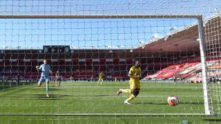 Вратар закопа Саутхямптън срещу Арсенал