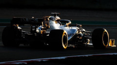 Защо Mercedes сменя цвета на болидите за Формула 1