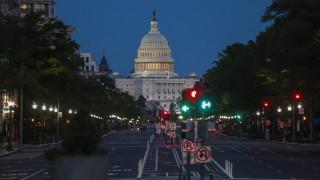 Как САЩ ще плащат рекордния си дълг?