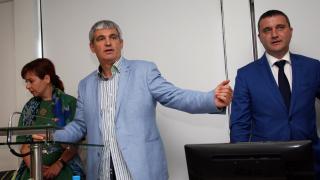 КНСБ иска пари за социалните домове, Горанов мисли за сигурността