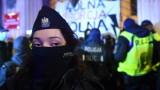 Задържани в Полша на протести на жени срещу закона за абортите