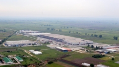 """Заводът за фарове на """"Мерцедес"""" край Пловдив търси да назначи 400 служители"""