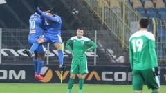 От 27 попадения в Първа лига, Левски само с 2 извън наказателното поле