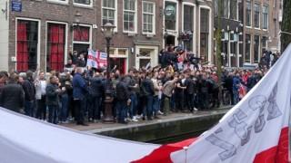 Арестуваха фенове на Англия в Амстердам