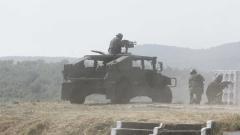 """Военни от 5 страни тренират на полигон """"Ново село"""""""