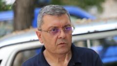 Илия Кузманов: Полицаите сами си плащат униформата