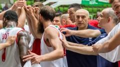 България с инфарктна победа с две точки разлика срещу Исландия
