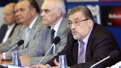 Да не сатанизираме хората, призовава новият ректор на МУ